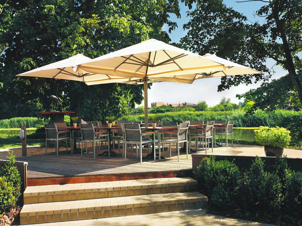 SU6 Dual Mast Cantilever Umbrellas